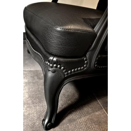 renover un fauteuil Clous Tapissier